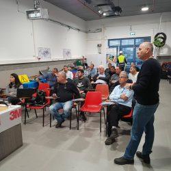 ממשיכים עם השתלמויות ההעשרה – השתלמות המקצועית בשיתוף חברת 3M בישראל ובה למדו המנהלים מקצועיים ושמאי רכב על – מוצרי ההדבקה העדכניים